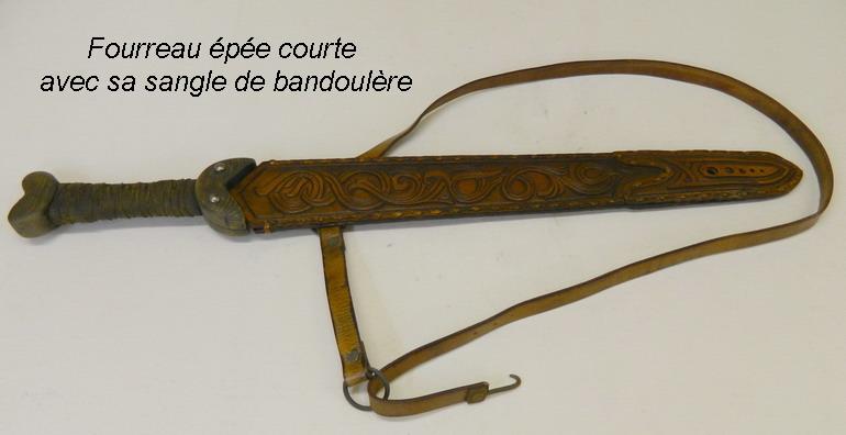 épée medieval artisanale