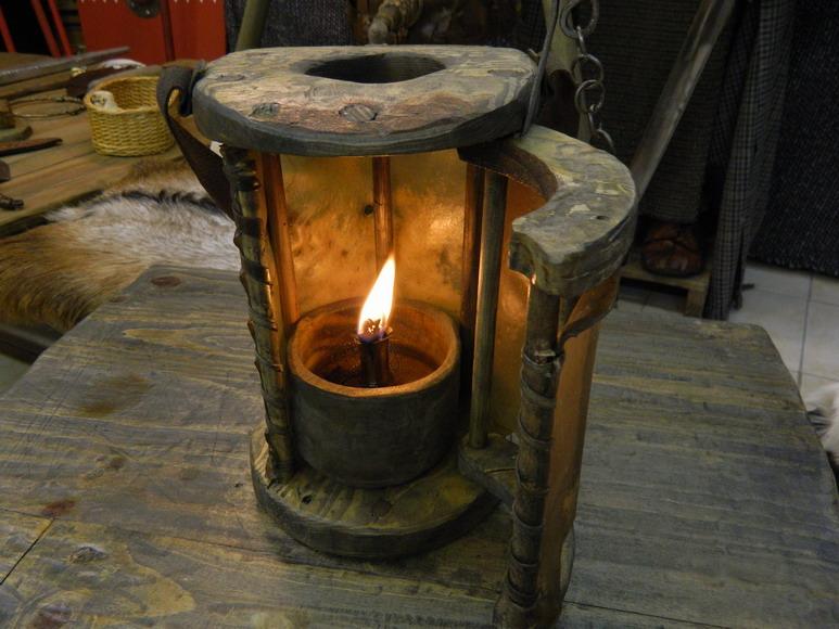 Lanterne en bois - Fabriquer une lanterne ...
